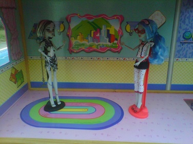 Monster High Dolls Frankie and Goulia