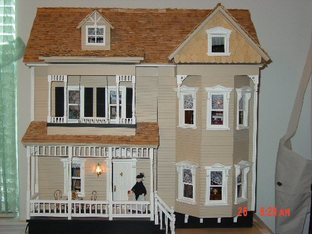 Front Opening Country Victorian Dollhouse