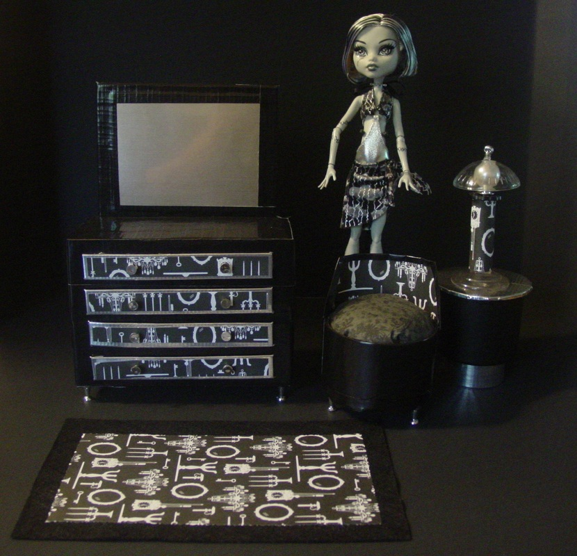 Monster High Frankie's Furnitur